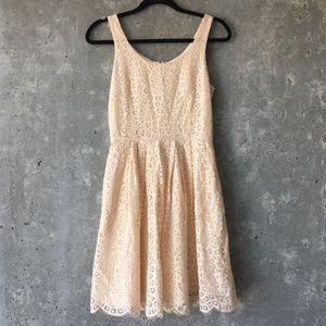 🍎 BOGO J CREW Cream Lace Dress